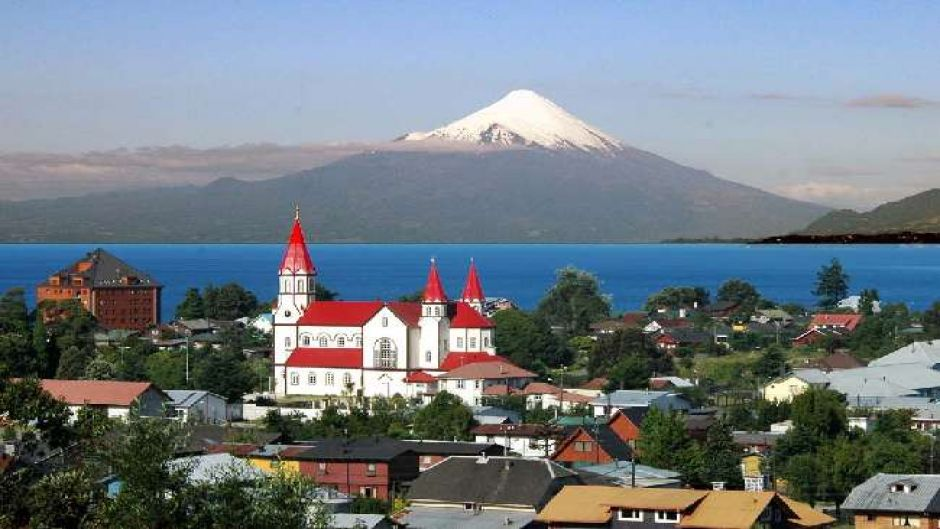 Walking City + Navegacion lago Llanquihue - Puerto Varas, Chile